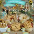 """Plecând de la sloganul ,,La CORA ŞTII DE CE REVII"""" weekend-ul trecut am revenit în Hipermarket-ul Cora, de aceea bucuroşi vã vom povesti ce am surprins ! Începând de joi..."""