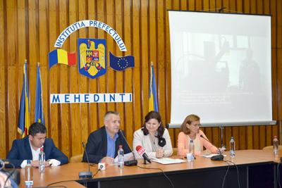 Caracterizarea aparţine doamnei Marilena Bogheanu, directorul Agenţiei de Dezvoltare Sud-Vest Oltenia, care a avut ideea unei vizite de promovare a proiectelor finanţate prin POR, vizitã efectuatã alãturi de rperezentanţii presei...