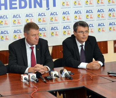 Interviu cu Virgil Daniel Popescu, preşedintele PNL Mehedinţii – Bunã ziua, domnule Virgil Popescu. Iatã, suntem deja la mijlocul campaniei electorale pentru alegerile prezidenţiale. Cum comentaţi modul în care a...