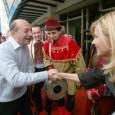 * Bãsescu s-a dus, în recentul week-end, undeva de unde, în mod normal, ar trebui sã fie dat afarã, totdeauna, în şuturi: la un congres al PNŢCD, adicã la manifestarea...