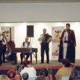 """Gelu Voicu s-a lansat pe scena muzicalã româneascã în anul 2002, fãcându-se remarcat prin cântece de voie bunã. În anul 2009 a devenit solist instrumentist al Ansamblului """"Burnasul"""", din Alexandria,..."""