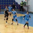 """Încurajatã doar de 300 de severineni, SCM Craiova a pierdut meciul disputat sâmbãta trecutã, în Sala Polivalentã, cu """"U"""" Cluj, scor 26-29, în etapa a XX-a a Ligii Naţionale de..."""