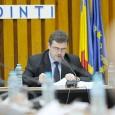 Consilierii judeţeni s-au întrunit luni dupã-amiazã în cadrul şedinţei pe luna martie, pe ordinea de zi figurând 12 proiecte de hotãrâri. S-au numit noi reprezentanţi ai CJ în diverse consilii...