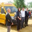 Un nou microbuz şcolar a ajuns în comuna Bâcleş din judeţul Mehedinţi, pentru a deservi transportul elevilor cãtre unitãţile de învãţãmânt din zonã. Este al doilea mijloc de transport primit...
