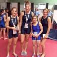 Deşi antrenorul Marin Dobrescu îşi punea mari speranţe în elevele sale, luptãtoarele Larisa Niţu (70 kg) şi Mihaela Bãrbulescu (52 kg) s-au întors fãrã medalii de la Campionatul European rezervat...