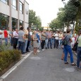 Circa 100 de angajaţi de la Romag Prod (Combinatul de Apã Grea) au protestat luni dimineaţã în faţa sediului Regiei Autonome pentru Activitãţi Nucleare, nemulţumiţi cã nu şi-au primit salariile...