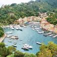 """Ghid de cãlãtorie Portofino Portofino, destinaţie de vacanţã exclusivistã şi luxoasã, preferatã îndeosebi de cei bogaţi şi faimoşi, este catalogatã drept """"bijuteria"""" Rivierei Italiene. Aceastã staţiune aflatã pe ţãrmul Marii..."""
