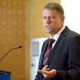 La începutul mandatului de preşedinte al României, Iohannis a afirmat cã nu se va acoperi cu imunitate în niciun caz şi cã va face, ori de cîte ori...