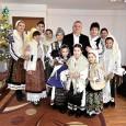 Primarul Municipiului Drobeta Turnu Severin, Marius Screciu, a împãrţit cadouri persoanelor vârstnice, de la centrul de plasament bãtrâni din Gura Vãii, marţi, 27 decembrie, aceasta fiind a doua vizitã a...