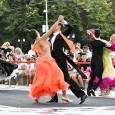 Show excepţional sâmbãtã searã la Drobeta Turnu Severin. Mai multe perechi de dansatori sportivi de la Clubul Magnum Team din Timişoara, unul din cele mai mari cluburi de dans din...