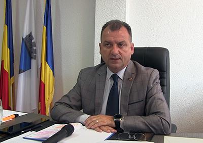 Unul dintre cele mai curate şi dotate spitale din sud-vestul României este cel de la Orşova. Chiar dacã acum traverseazã o perioadã neagrã a transformãrii în spital COVID-19, Spitalul Municipal...