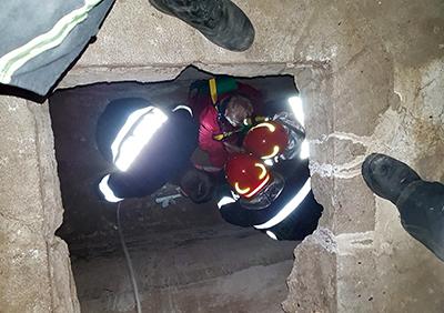 """Pompierii militari din cadrul Inspectoratului pentru Situaţii de Urgenţă """"Drobeta"""" al judeţului Mehedinţi au efectuat 32 de misiuni, în ultimele 24 de ore. Pompierii mehedinţeni au acţionat pentru salvarea unei..."""